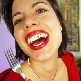 spinach-in-teeth-280x280